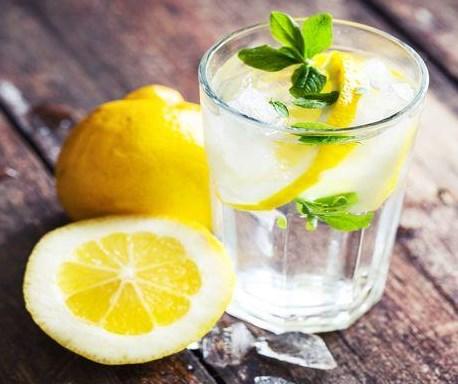 Manfaat Air Lemon